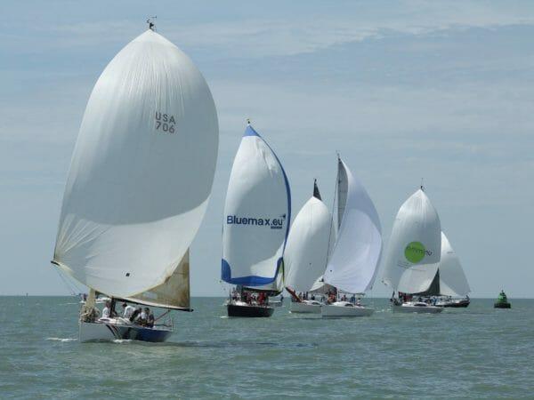 flexisailing-regatta-sailing-00
